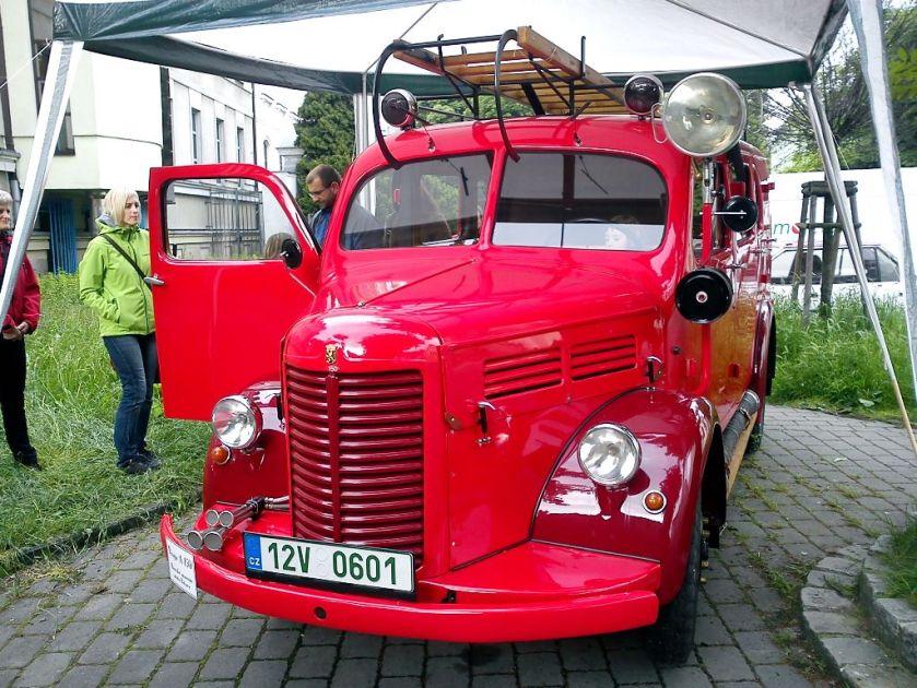1951 AS Praga A150