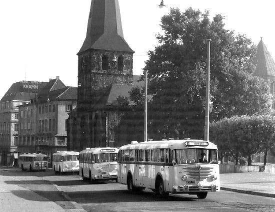 1953-krupp-sw-o480fk-mit-ludewig-aufbau-sowie-drei-bc3bcssing-ludewig-6000t