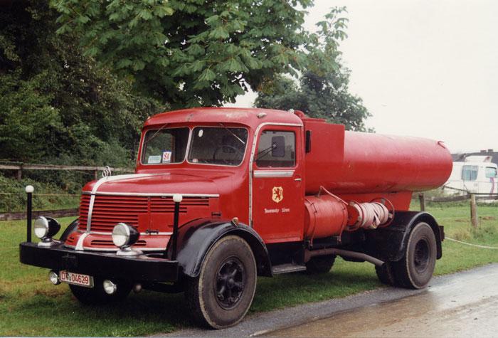 1954er Büffel L 50 mit Schörling-Aufbau als Straßensprengwagen a