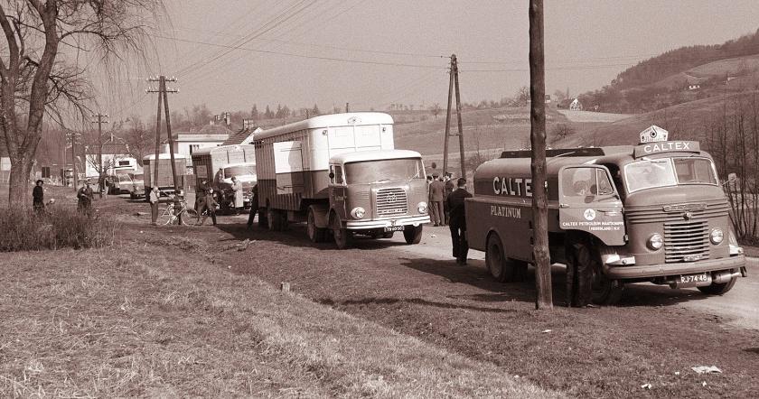 1960 2e fahrzeug Krupp am grenze Nizozemska_avtomobilska_karavana_na_šentiljskem_bloku_1960_(5)