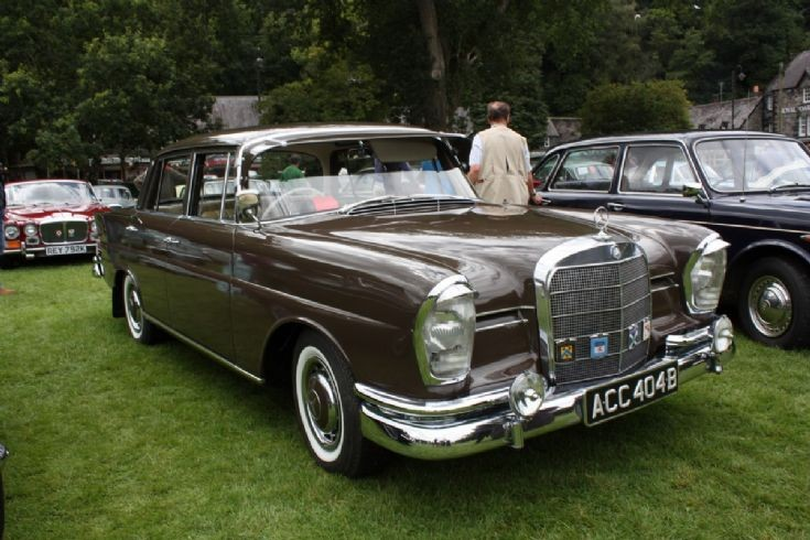 1963 Mercedes Benz 600 Saloon