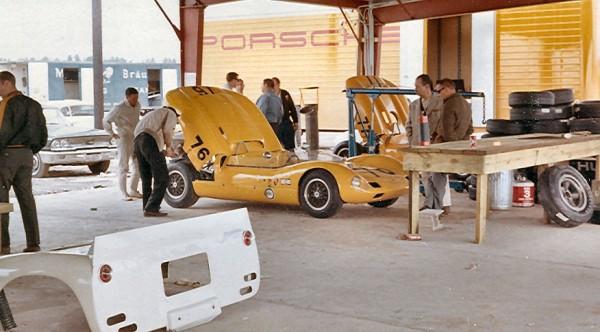1964 Elva Porsche (Chassis P70-032) Elva-76-Augusta1