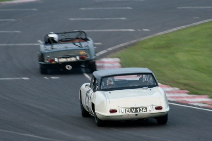 1965 Jonathan Loader chases Sean Kukula, both in Elva Courier Mk4Ts. Anyone got a decent