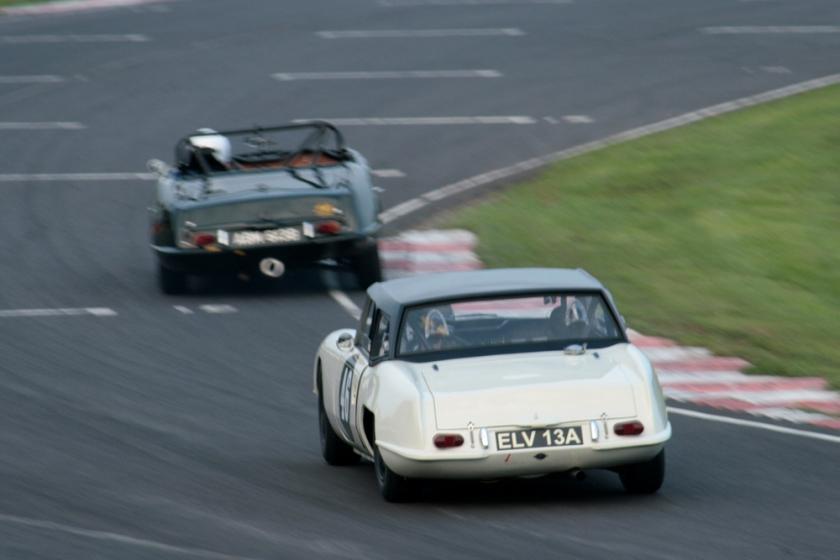 1965 Jonathan Loader chases Sean Kukula, both in Elva Courier Mk4Ts. Anyone got a decent
