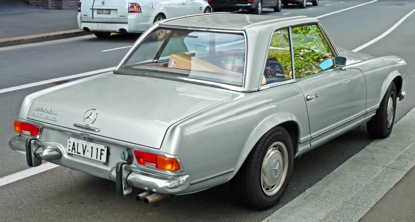 1969-71 Mercedes-Benz 280 SL (R113) roadster