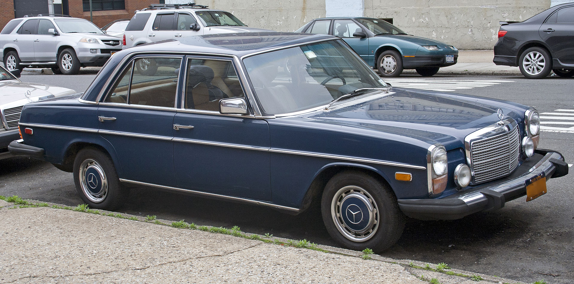 1975 Mercedes Benz W114 280 With Us Spec Bumpers And