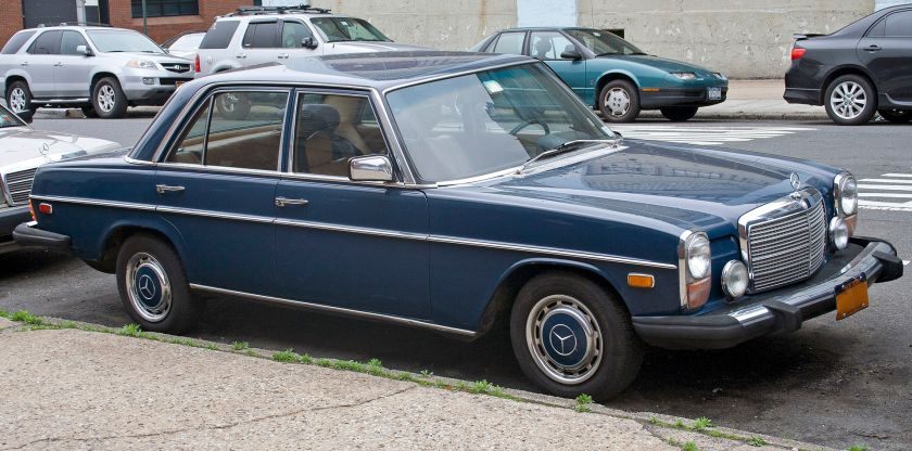 1975 Mercedes Benz W114 280, with US-spec bumpers and sealed-beam headlights