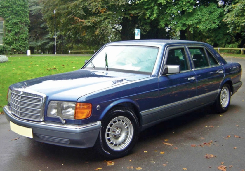 1986-91-Mercedes Benz 560 SEL S-Class-with-15-inch-bundt-wheels