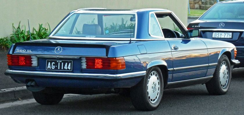 1987 Mercedes Benz 560 SL roadster (Australia)