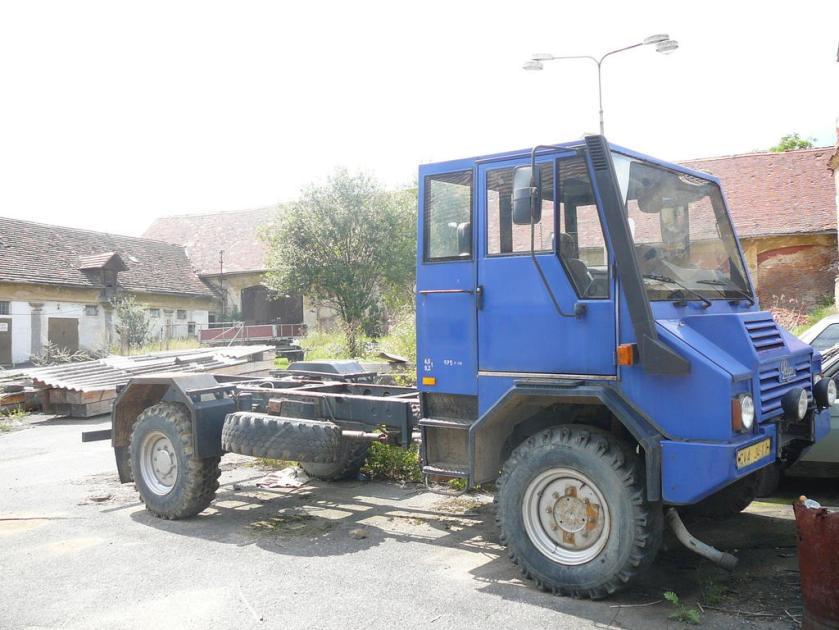 1992 Praga UV 80