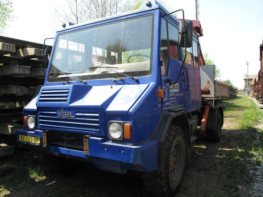1992 Praga UV80