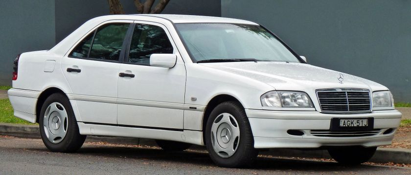 1997-00 Mercedes Benz C 200 (W202) Classic sedan 01