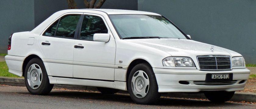 1997-00 Mercedes Benz C 200 (W202) Classic sedan 01