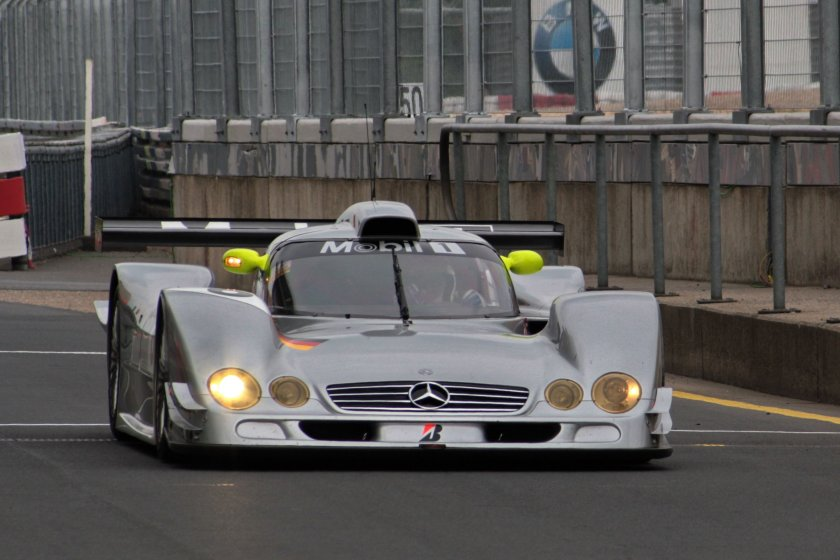 2009 Mercedes Benz CLR front Nurburgring