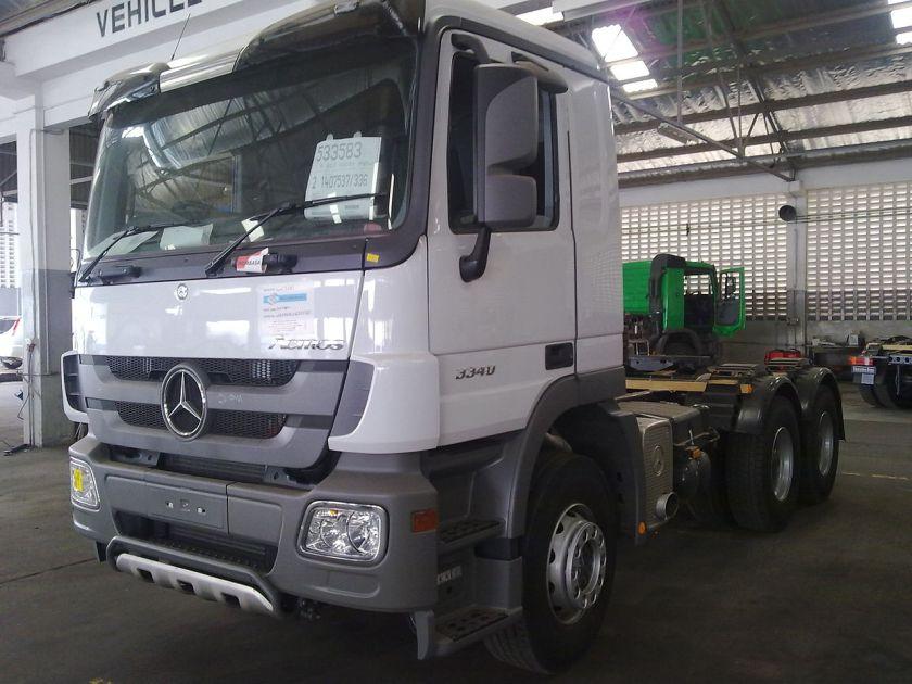 2010 Mercedes-Benz Actros 3340