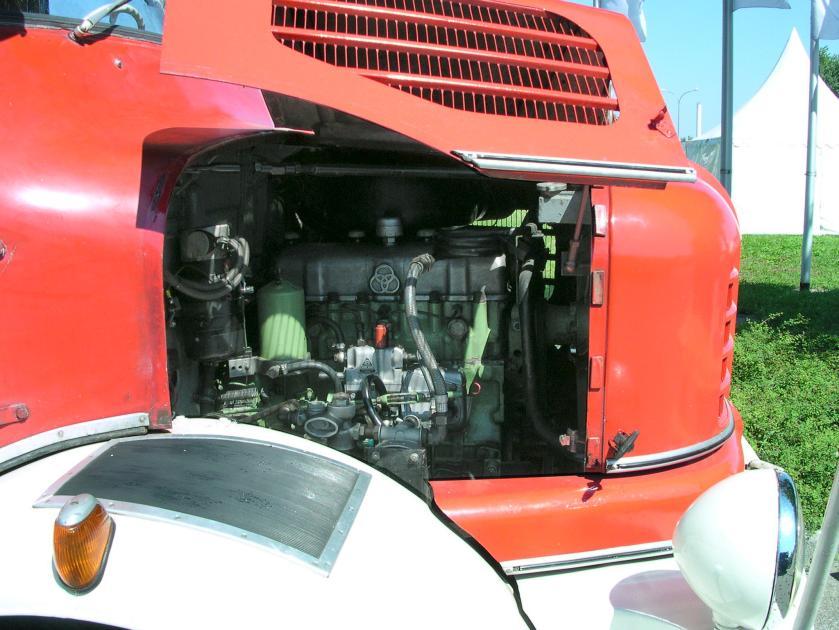 Krupp Elch Feuerwehr Motor