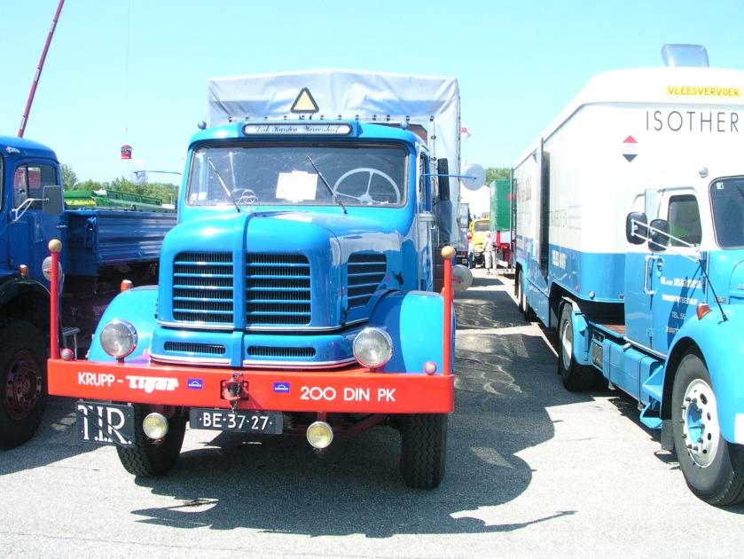 Krupp Tiger Doppelkabine NL a