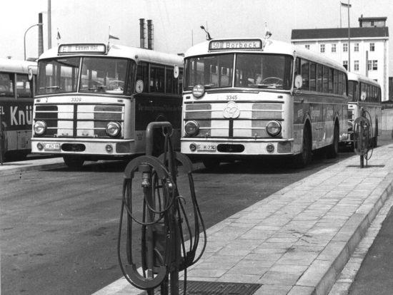 Kruppbusse 3329 und 3345, beides O10F4