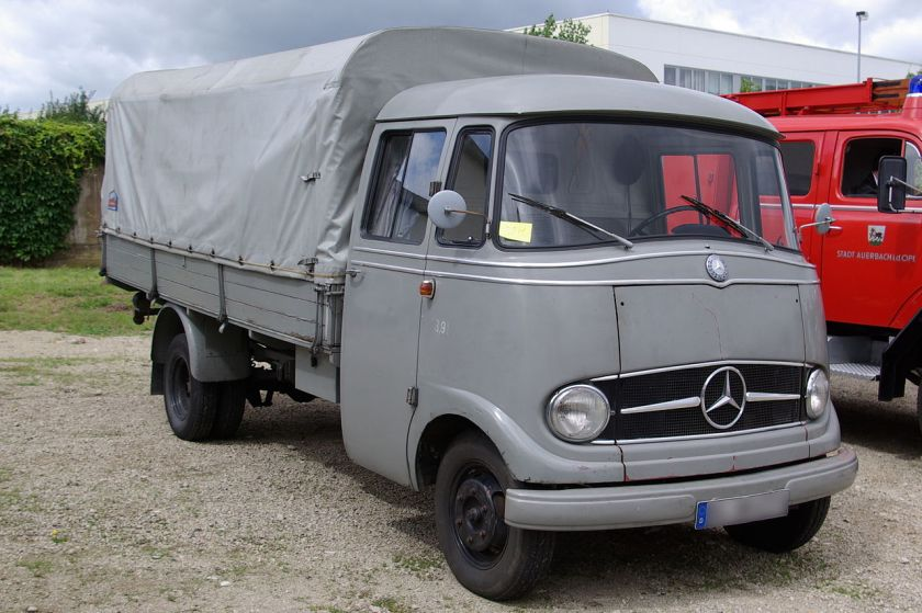 Mercedes Benz L319 BW 1