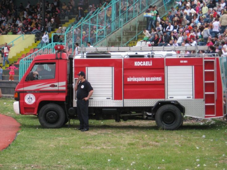 Mercedes Benz MB 800 Fire Truck in Izmit
