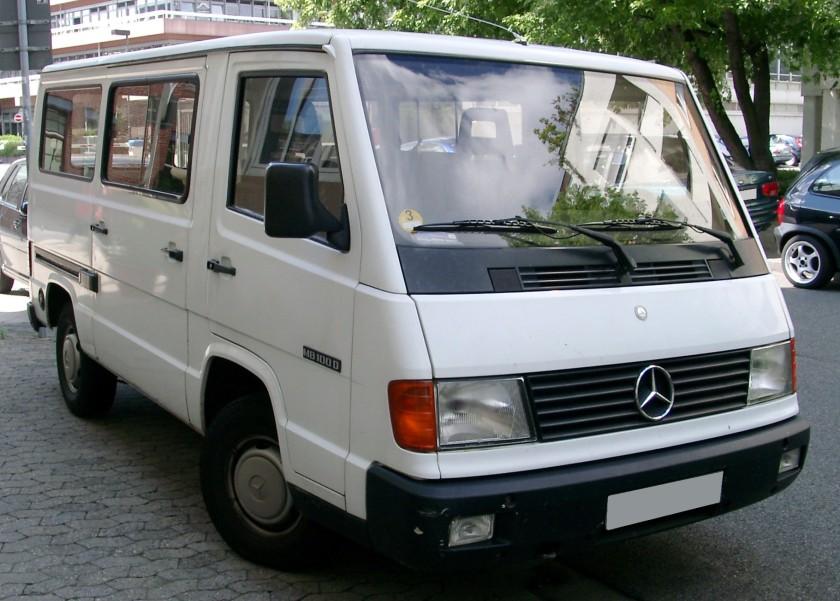 Mercedes Benz MB100