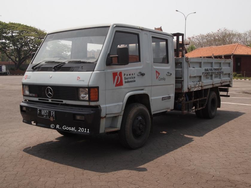 Mercedes Benz MB700 ATL