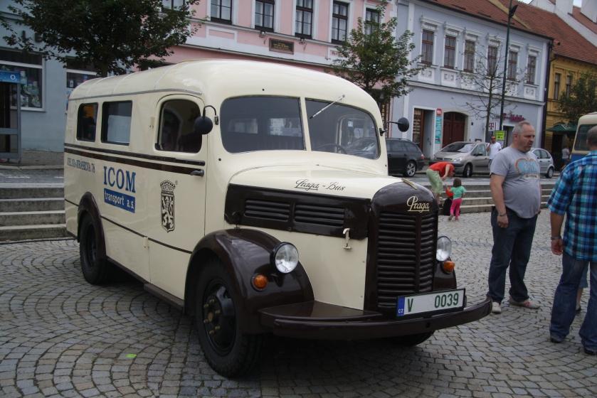 Praga Aero 150 bus
