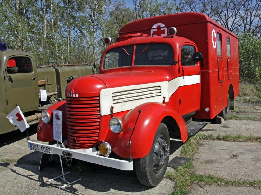 Praga RN DV TMB ambulance