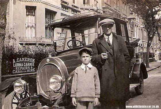 1914 NAG Landaulette taxi