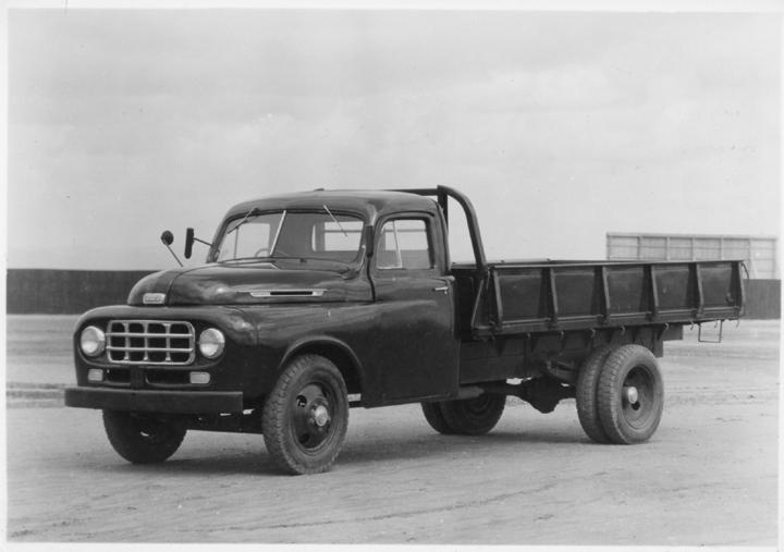 1951 Toyota BX Truck 3.386cc 82hp