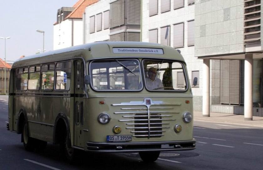 1955 Büssing-Bus mit dem Kennzeichen OS T H