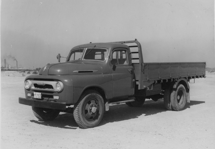 1955, the Toyota 4-ton Model BA truck equipped with an improved B engine (85 hp) and the 4.5-ton Model FA truck equipped with an improved F engine (105 hp)