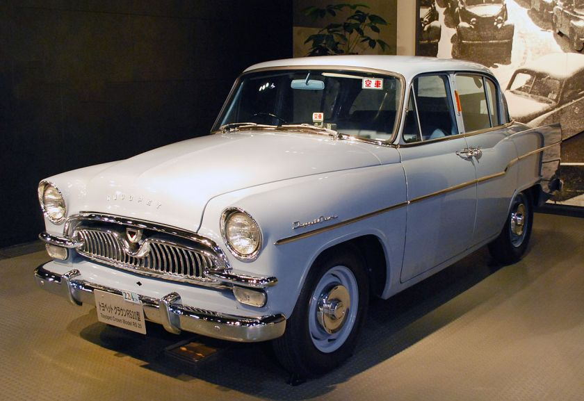 1958 facelift model Toyopet Crown