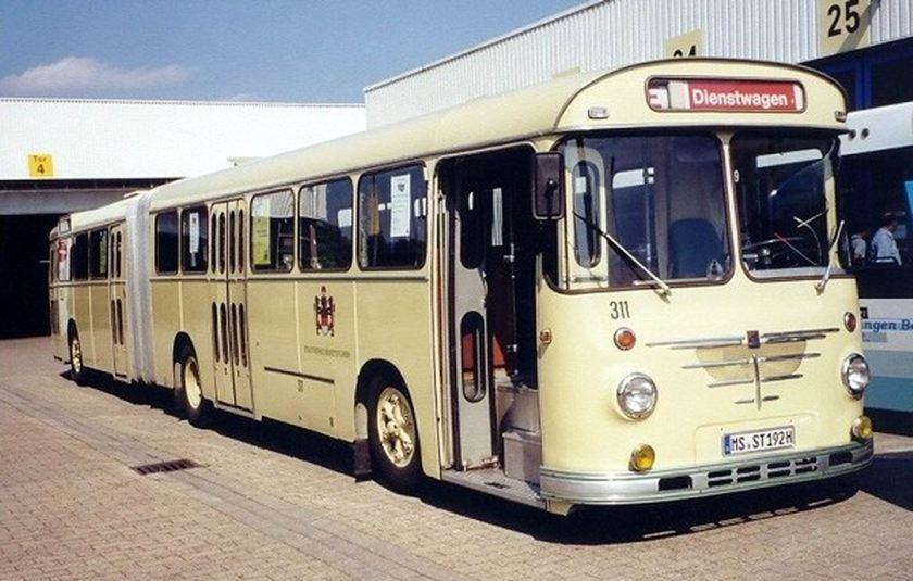 1965 Büssing-Emmelmann-14RU11D-Gelenkb-SWM-311-beige