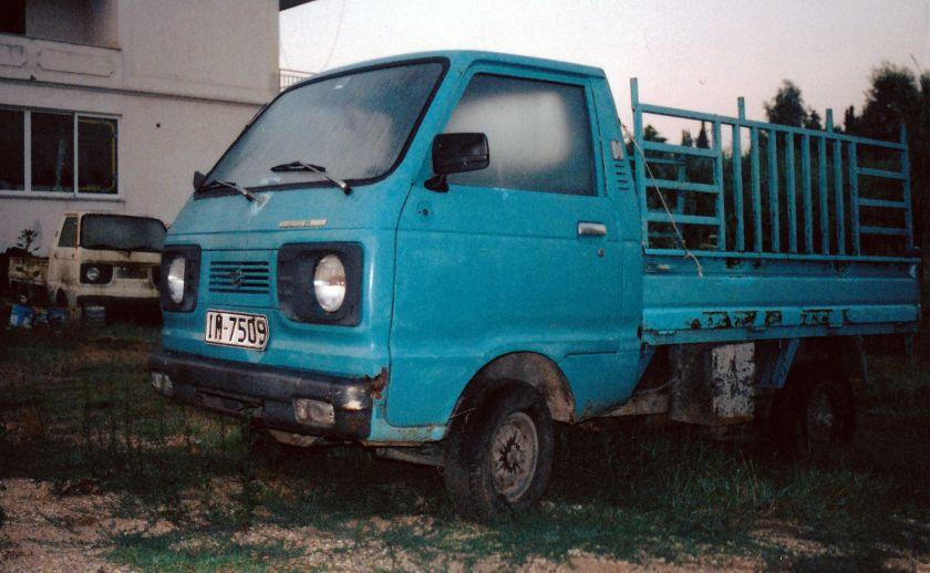 1977-78 Daihatsu Hijet 55 Wide truck