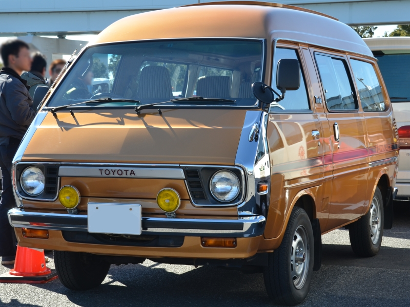 1979-80 TownAce wagon Super Extra (TR15 first facelift)fr