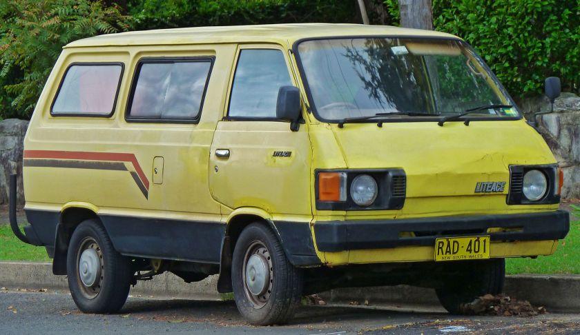 1982-85 LiteAce van (YM21 facelift)