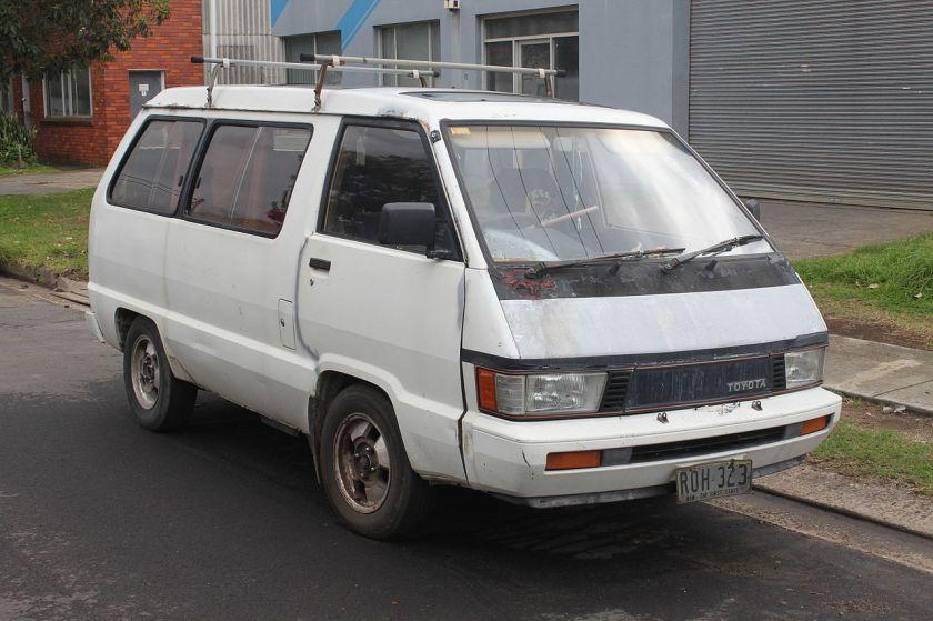 1985 Toyota Tarago (YR21) GL van