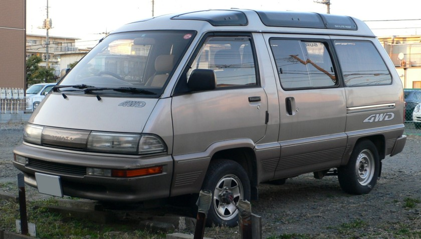 1988-91 MasterAce Surf 4WD (second facelift)