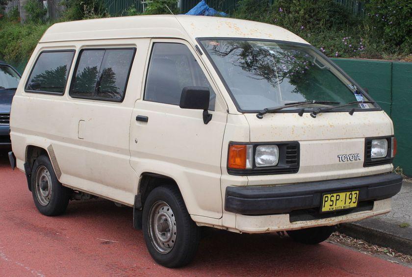 1989 Toyota LiteAce (YM30) van