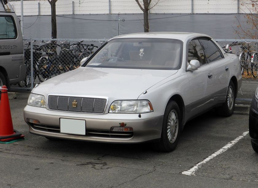 1991-95 Toyota CROWN MAJESTA (S140) first gen