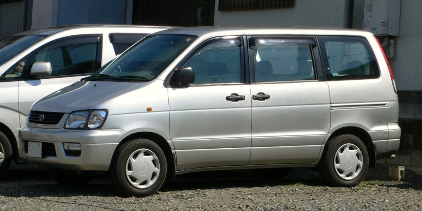 1998-01 Toyota Liteace-Noah 01
