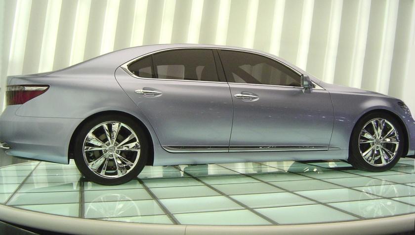 2005 Lexus LF-Sh concept side1