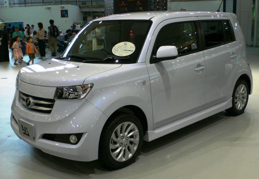 2005 Toyota bB 03