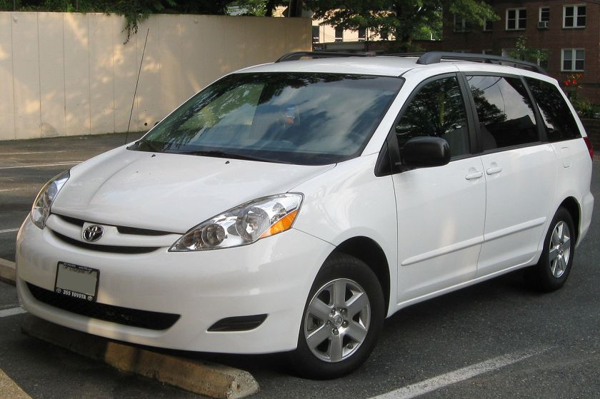2007-10 Toyota Sienna LE