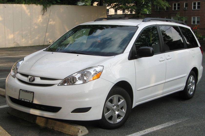 2007-10 Toyota Sienna LE