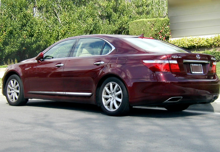 2007 Lexus LS 460 L, the long wheelbase version of the LS Series.