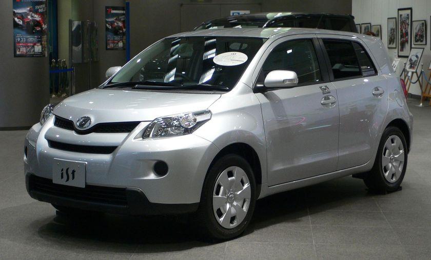 2007 Toyota ist Scion xD 01