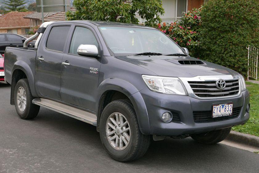 2013 Toyota HiLux (KUN26R MY12) SR5 4-door utility