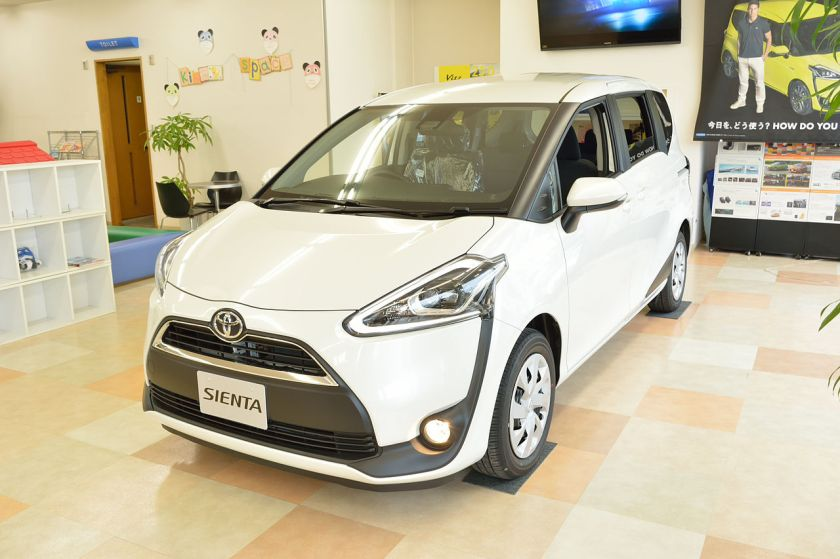 2015-present Toyota Sienta